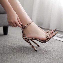 Giày sandal gót da beo hang giá sỉ