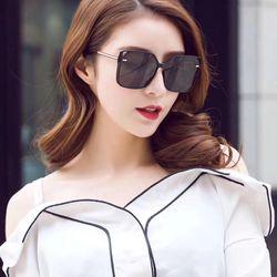 Mắt kính thời trang nữ