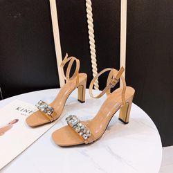 Giày sandal đá hoa gót cao giá sỉ