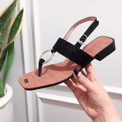Giày sandal cách điệu giá sỉ