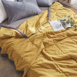 Chăn hè cotton đũi màu vàng giá sỉ