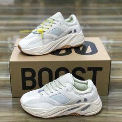 Giày thể thao chất cực đẹp giao hàng tại nhà toàn quốc giá sỉ