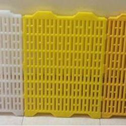 Tấm nhựa lót sàn cho lợndêvịt giá sỉ