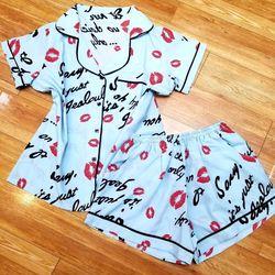 Bộ mặc nhà – Pijama đùi cọc lụa mát- mịn - không nhăn HT MI 4 màu giá sỉ, giá bán buôn