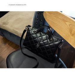 Hàng Thái Túi đeo chéo Nữ Da Cừu Hobo TX23 4 Ngăn Chứa Tiện Lợi Thời Trang Xuân Hè 2019 giá sỉ, giá bán buôn