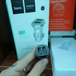 Tẩu sạc ô tô 2 cổng USB Hoco