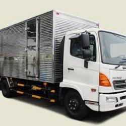 Xe tải Hino 6 tấn thùng kín - FC9JJTA thùng 5m7 180tr giao xe ngay