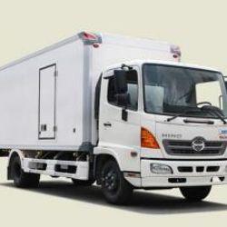 Xe tải Hino 5T4 thùng bảo ôn - FC9JLTA thùng 6m5 giá sỉ