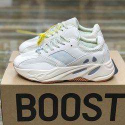 Giày dép thể thao nam nữ sỉ giá tại xưởng cực rẻ