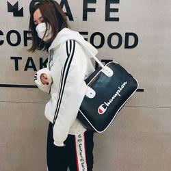 Túi xách du lịch thể thao Champion CP01 Phủ Da Trơn 2 Ngăn giá sỉ