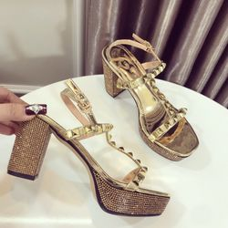 Giày sandal gót đinh giá sỉ