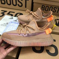 Sỉ giày thể thao nam nữ giao hàng tại nhà toàn quốc giá sỉ