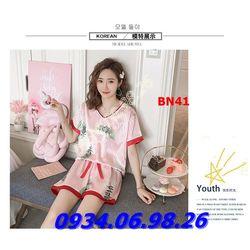 Bộ đồ ngủ nữ chất phi lụa mịn mát quần đùi BN41 trái dâu giá sỉ, giá bán buôn