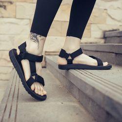 Giày sandal nam nữ mã 541 đen giá sỉ
