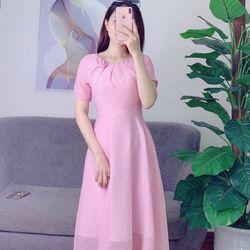 Đầm váy Váy xoè gắn hoa hồng nổi vừa xinh vừa sang chảnh đây ạ Chất vải tơ xứơc bao đẹp Size S-M-L Hàng đính ngọc khâu hoa tỉ mỉkhách ôm lô ới e trước em gắn mô tơ chạy cho kịp nha giá sỉ