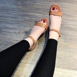 Giày sandal đế xịn giá sỉ, giá bán buôn