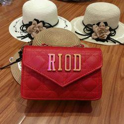 Túi xách đeo chéo nữ giá sỉ, giá bán buôn