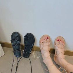 Giày sandal cột dây siêu cute