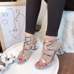 Giày sandal de giá sỉ, giá bán buôn