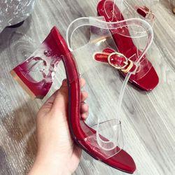 Giày sandal gót trái Tim giá sỉ