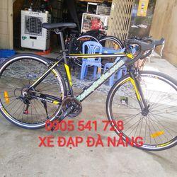 xe đạp đua chevelo màu vàng đen