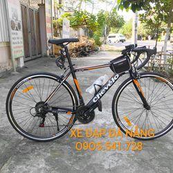 xe đạp đua Chevelo khung nhôm màu cam đen