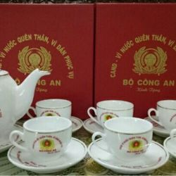 Bộ tách trà công an