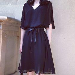 Đầm xòe thời trang cổ chữ V có dây da thắt eo sang trọng 102 giá sỉ