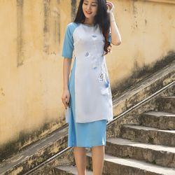 Áo dài cách tân liền váy thêu sen màu xanh giá sỉ
