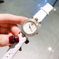 đồng hồ vs nữ