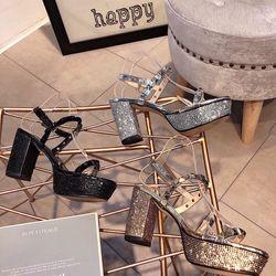 Giày sandal da giá sỉ