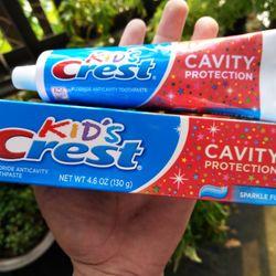 Kem đánh răng cho bé Kids Crest Cavity hàng Mỹ giá sỉ