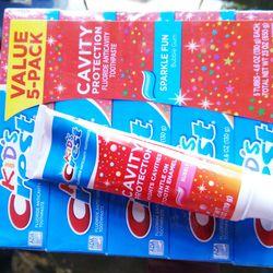 Kem đánh răng cho bé Kids Crest Cavity hàng Mỹ giá sỉ, giá bán buôn