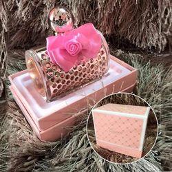 Nước hoa Queen TR0120 hương thơm thanh lịch va nữ tính giá sỉ