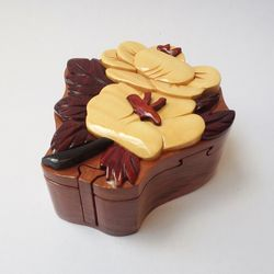 Hộp Chốt Hoa Trà Camellia - Handcrafted Wooden Puzzle Box giá sỉ