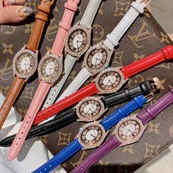 Đồng hồ nữ thời trang DIMINI 88225 bầu dục ánh vàng ánh bạc