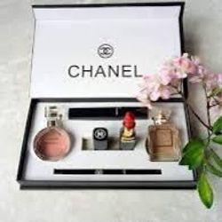 Bộ mỹ phẩm ChaneI 5 món cao cấp