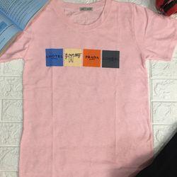 Áo thun giấy cổ tròn màu hồng giá sỉ, giá bán buôn