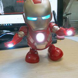 Đồ Chơi Iron Man máy nhảy hát giá sỉ