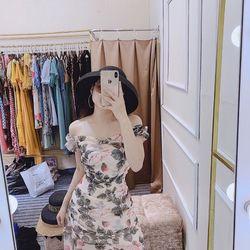 ĐI BIỂN THÌ KHÔNG THỂ THIẾU EM NÀYHoàn hảo đến từng chi tiết chính là để nói về em váy này xinh bất chấp Thiết kế tạo kiểu đường nét uyển chuyển trông nàng thật lôi cuốn đi trên bãi cát sẽ khiến bao ánh mắt phải ngước nhìn Váy duy nhất 1 màu Size SM