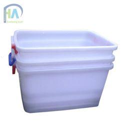 Phú Hòa An chuyên sản xuất thùng nhựa vuông 30L có nắp giá tốt