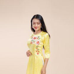 Áo dài gấm thêu cao cấp màu vàng giá sỉ, giá bán buôn