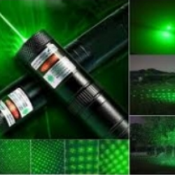 đèn pin laser 303 màu xanh đỏ