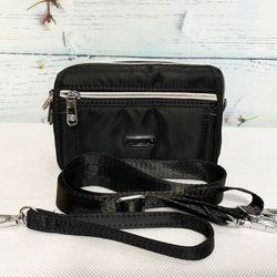 Túi đeo chéo kiểu ngang màu đen phối dây kéo bạc sáng TDC0008 giá sỉ