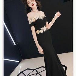 Đầm dạ hội trẽ vai giá sỉ