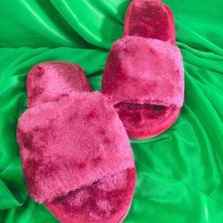 Dép lông nhung màu đỏ đô đế nhựa mang trong nhà hay ngoài phố đều xinh nhé giá sỉ