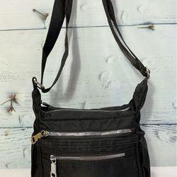 Túi đeo chéo loại ngang màu đen trơn thời trang TDC0011 giá sỉ