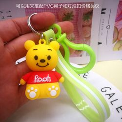 móc khóa silicon gấu Pooh áo đỏ dây màu giá sỉ