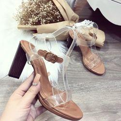 Giày sandal đế vuông giá sỉ