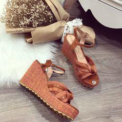 Giày sandal xuồng coi giá sỉ